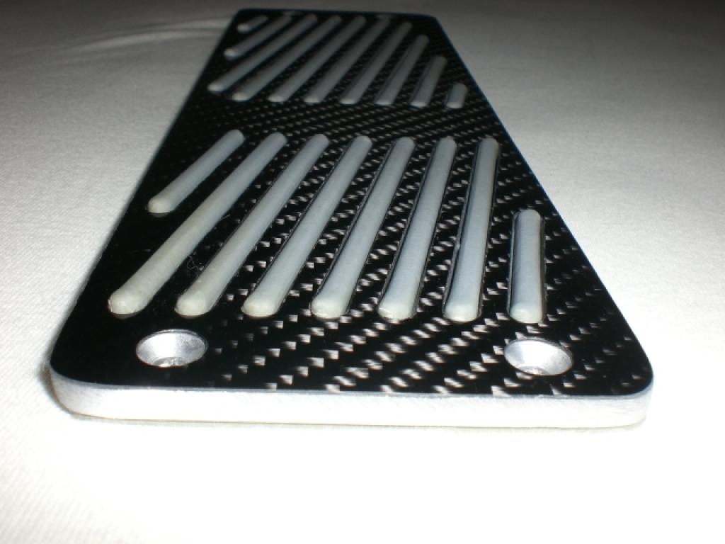 carbon fu ablage f r das linke bein beim fahren. Black Bedroom Furniture Sets. Home Design Ideas